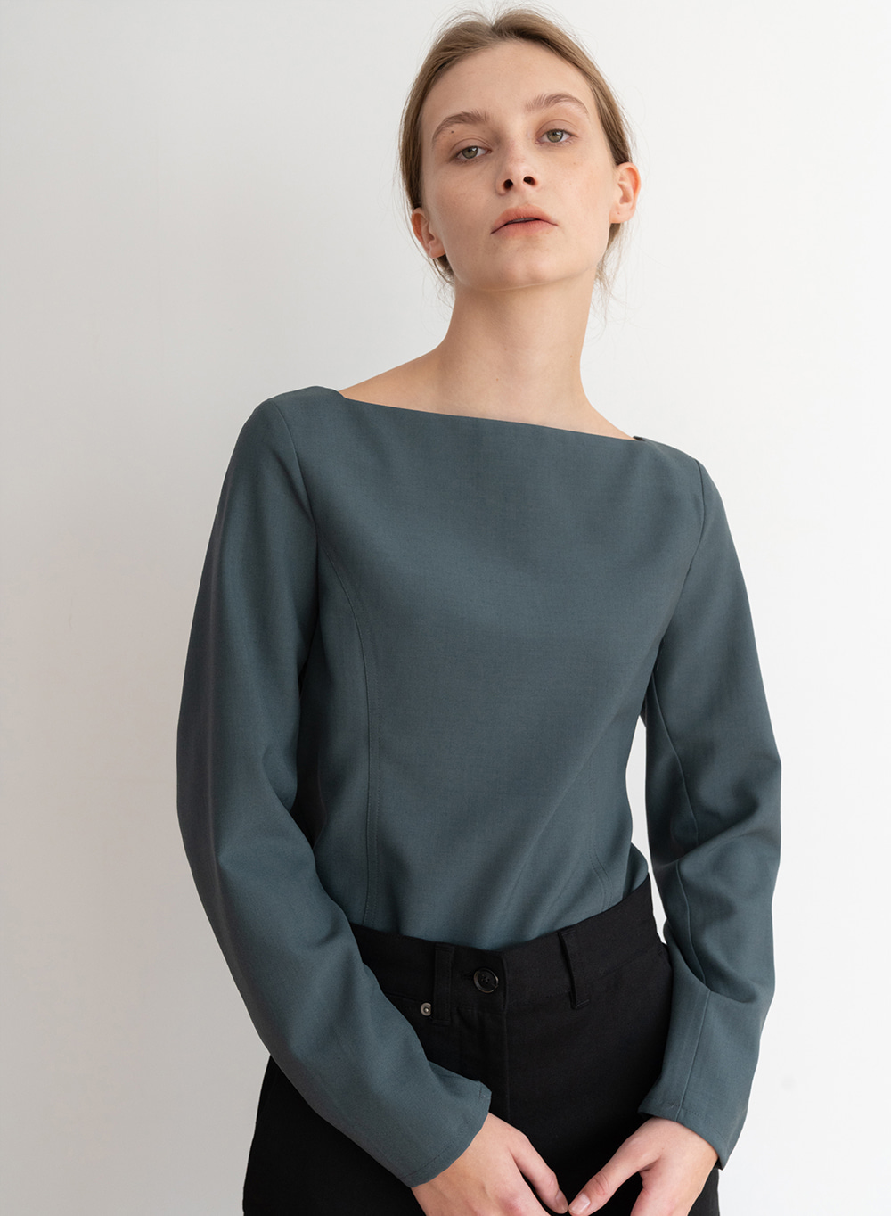 [ESSENTIAL] Square Neck Blouse Dark-Green