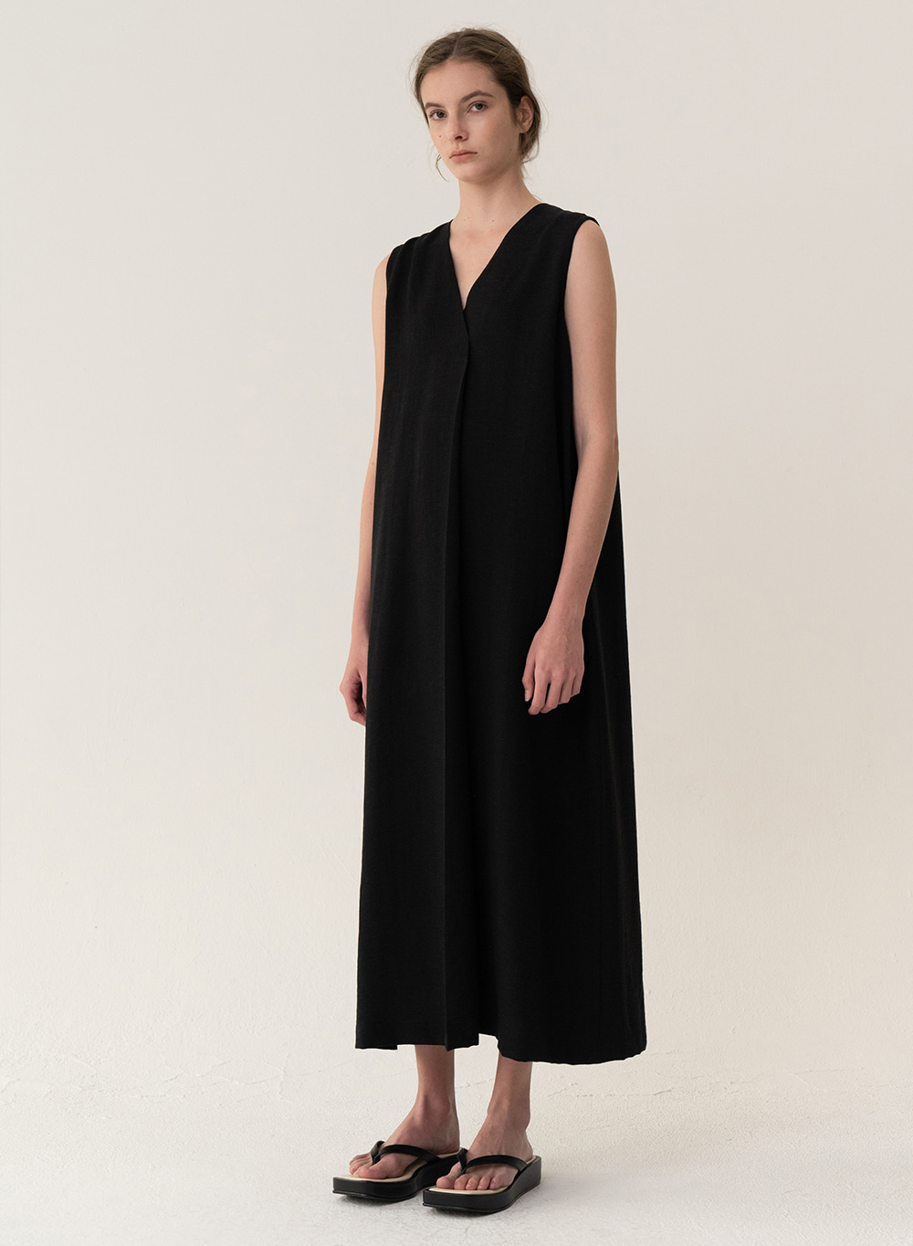 [ESSENTIAL] Soft Linen Dress Black