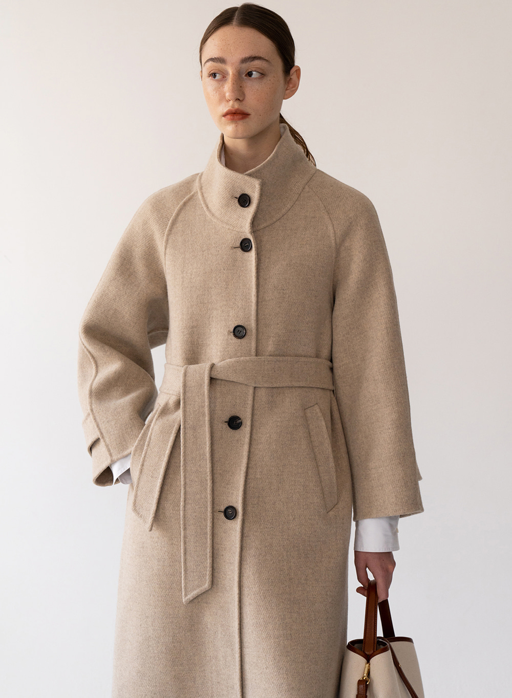 [FW20 ESSENTIAL] High Neck Handmade Coat Taupe-melange