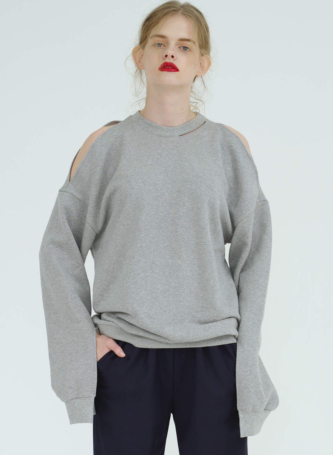 FW16 SLIT SWEATSHIRT GRAY