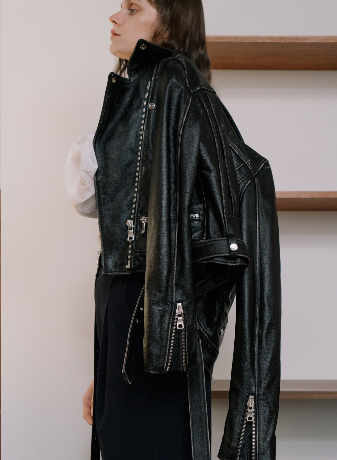 SS18DESTROYED LEATHER JACKET