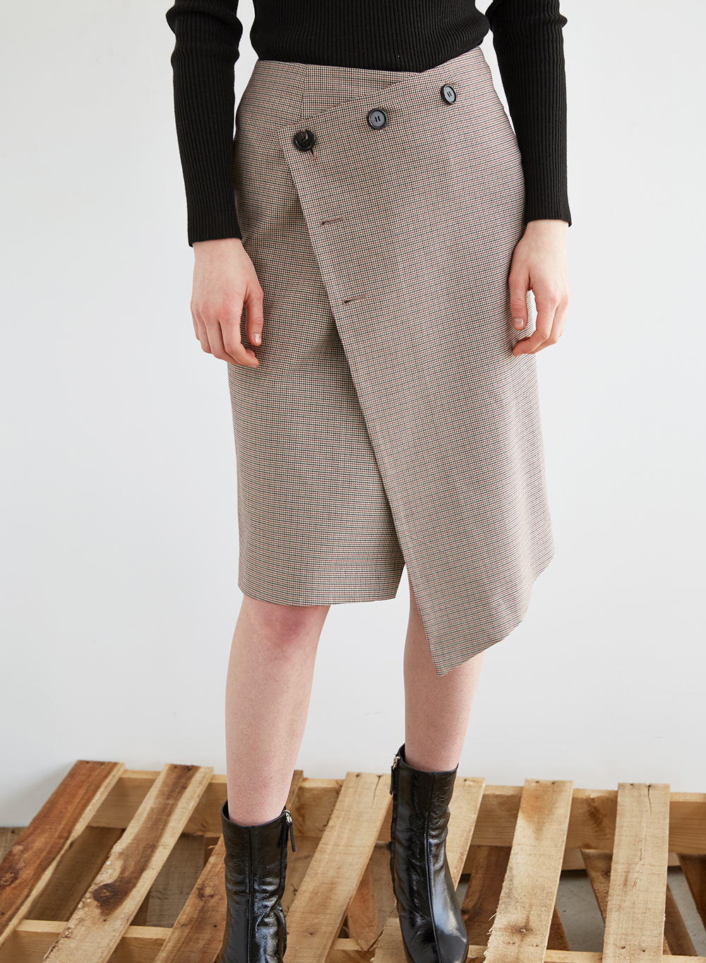 FW18 BUTTON RAP SKIRT