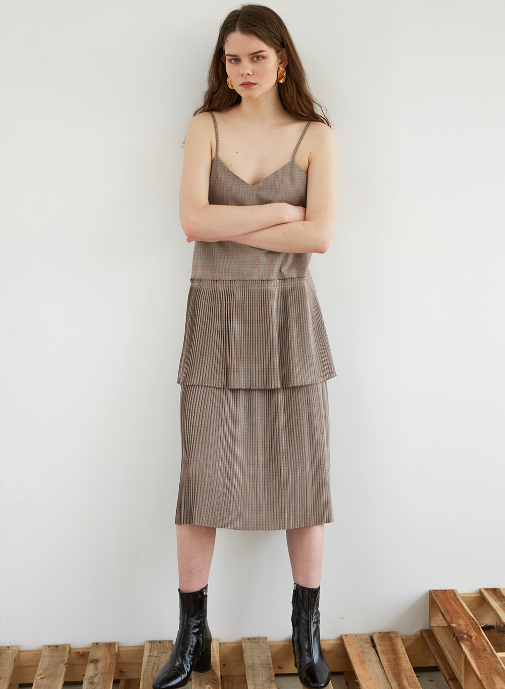 FW18 PLEATS TIERED DRESS
