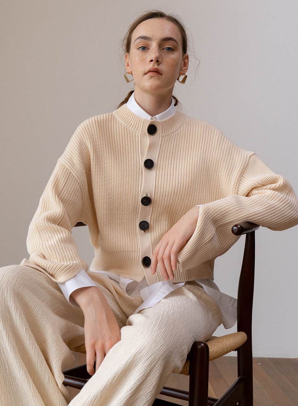 SS19 Big Button Cardigan Ivory