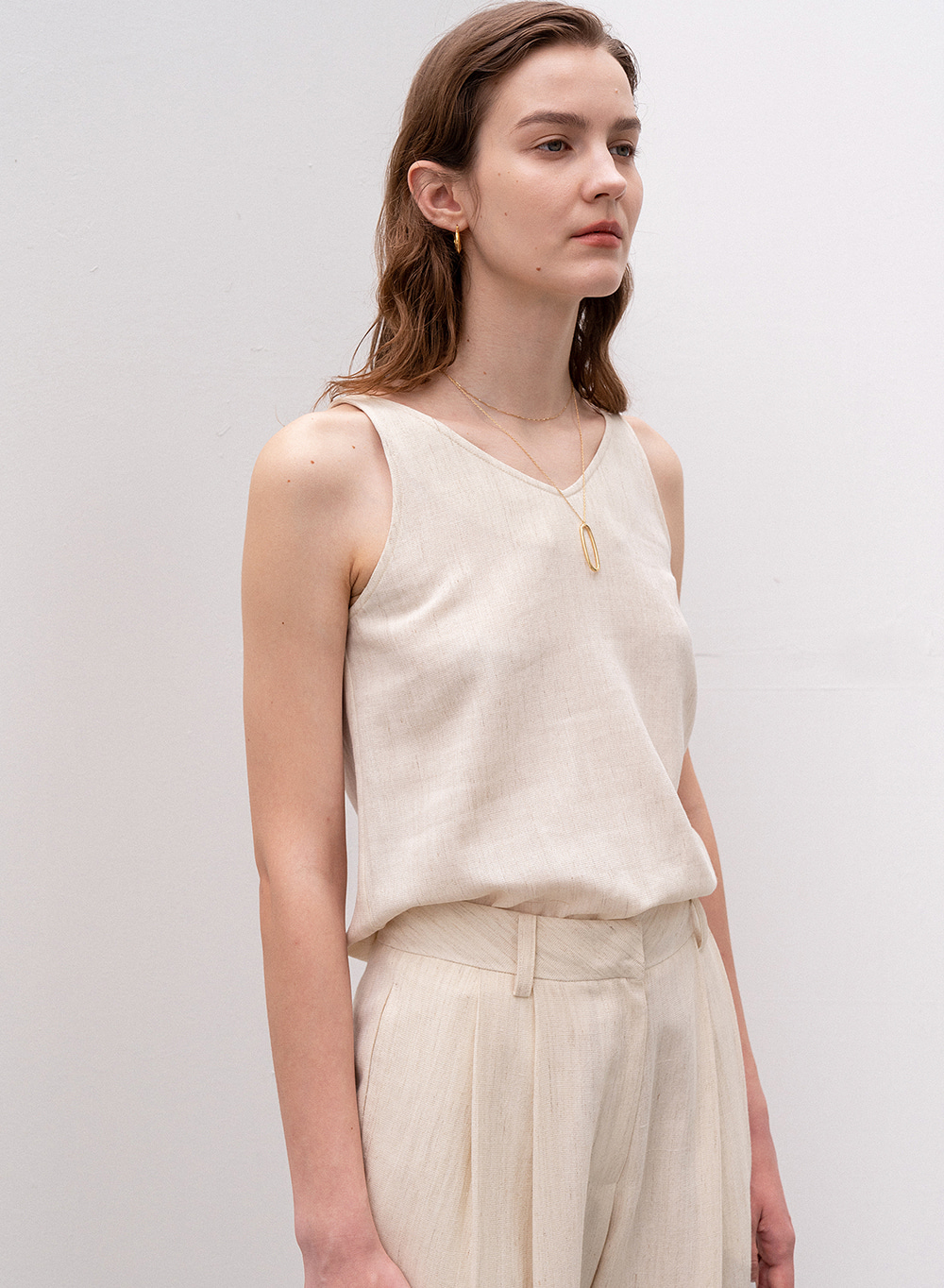 [ESSENTIAL] Premium Wool Linen Sleeveless Ivory