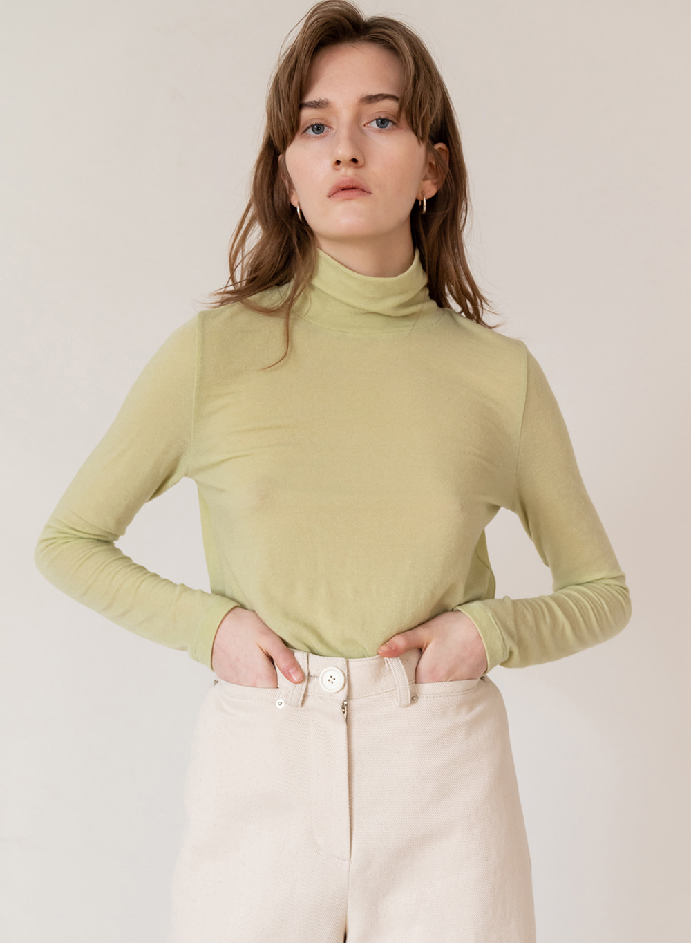 FW19 Stretch Wool Blended Turtleneck Green
