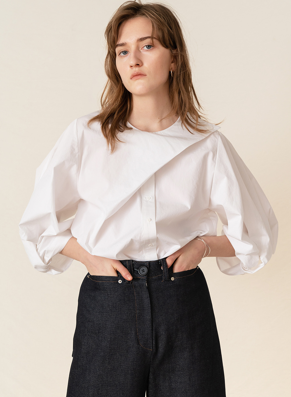 FW19 Twist Volume Sleeve Blouse White