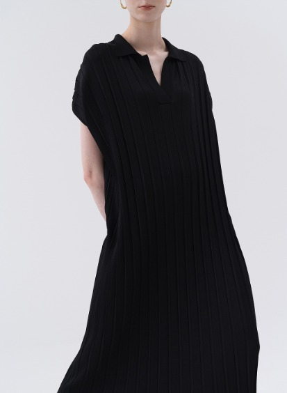SS20 Pleated Knit Dress Black