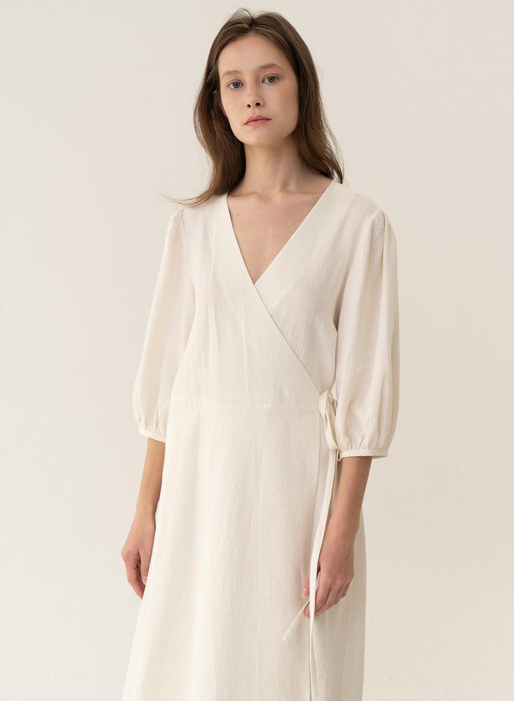 [ESSENTIAL] Wrap Dress Ivory