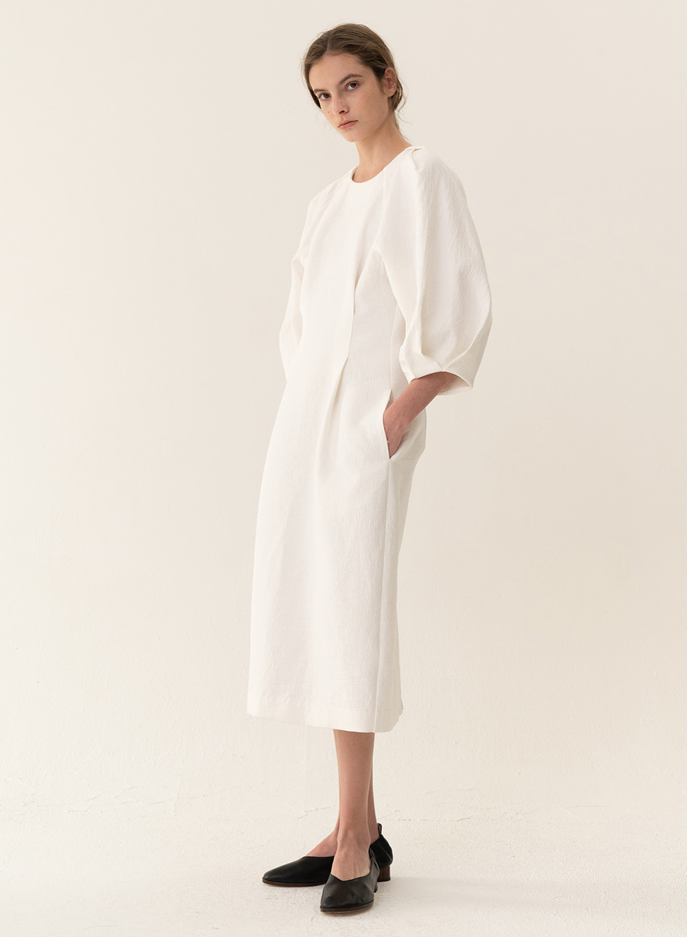 [ESSENTIAL] Cocoon Silhouette Dress White
