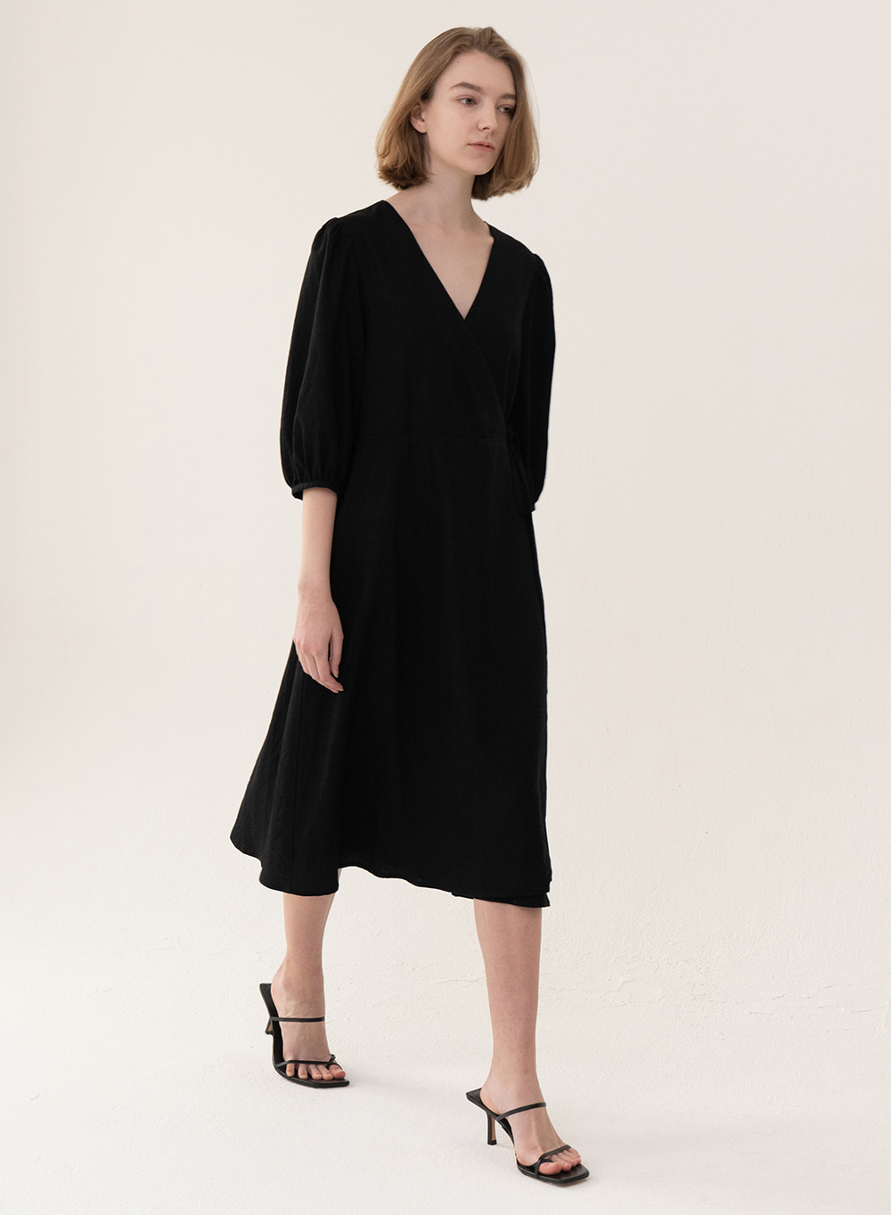 [ESSENTIAL] Wrap Dress Black