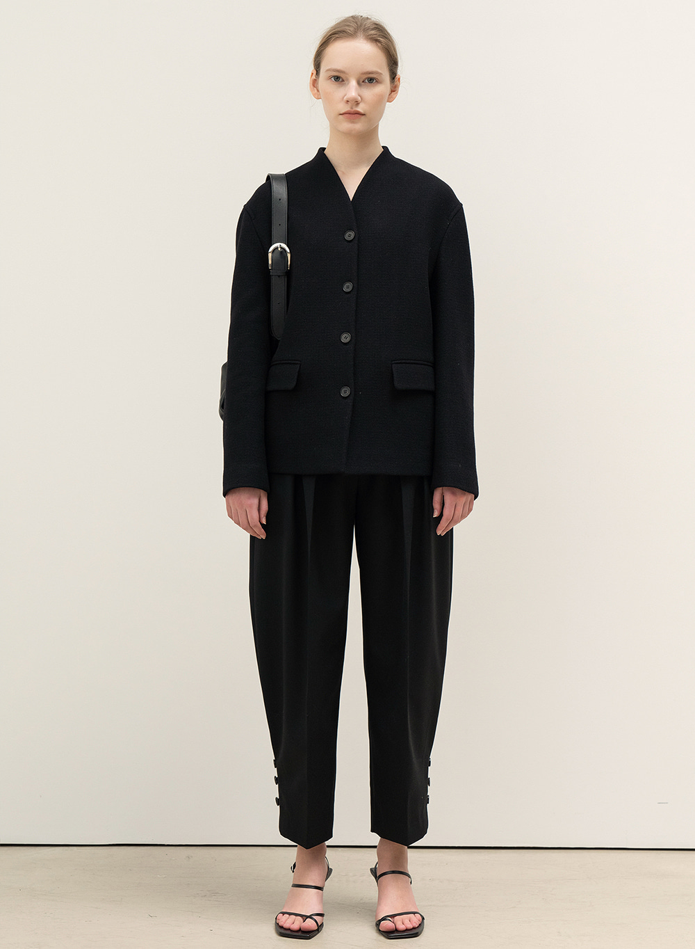 FW20 Rounded Pleats Pants Black