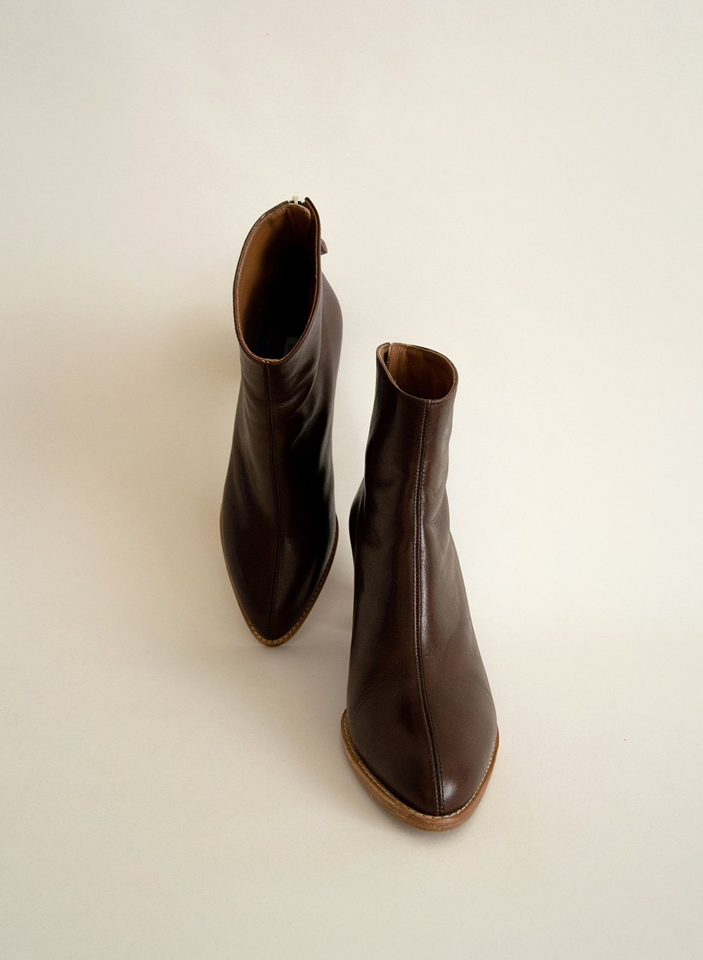 [FW20 ESSENTIAL] 세실 Cecil Italian Leather Ankle Boots Dark Brown