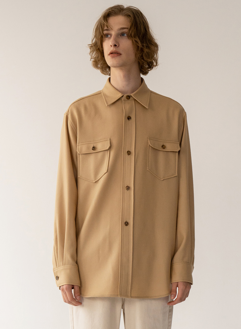 [FW20 ESSENTIAL] Outpocket Overshirt Sand-beige