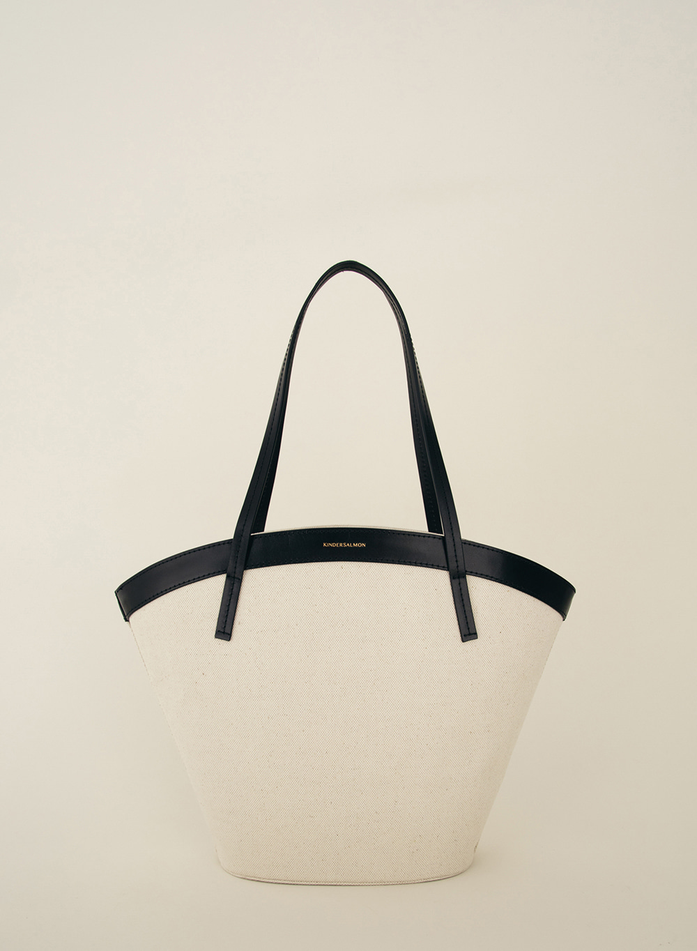 SS21 Curved Canvas Bag Medium Ecru
